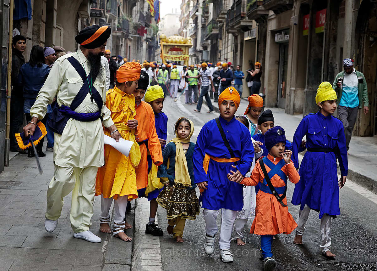 Indian Immigrant Children, Ramblas Catalunya | Barcelona, Spain