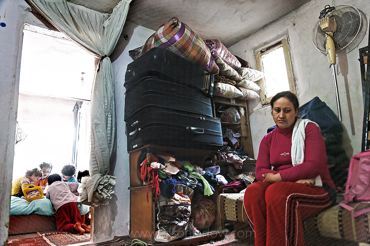 Iraqi Families Bags Packed for 5 years | Istanbul, Turkey