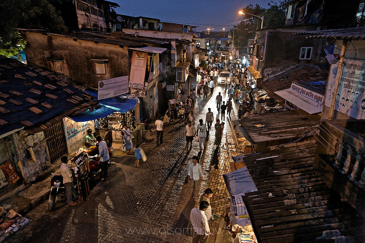 Dharavi Slums | Largest Slums in the World | Movement to Mumbai, India