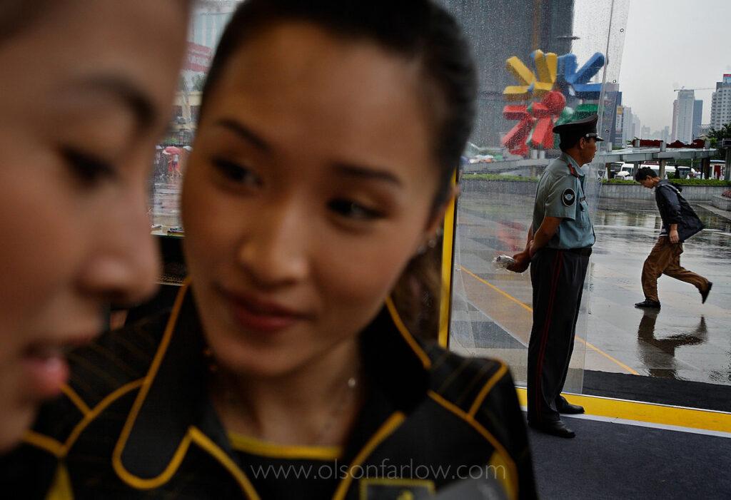 Chinese Spokes models Market Johnny Walker | Guangzhou, China
