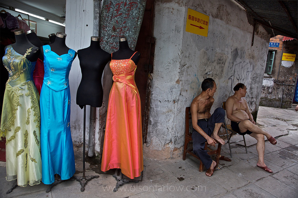 Migrant Workers in Wedding Shop Area | Guangzhou, China