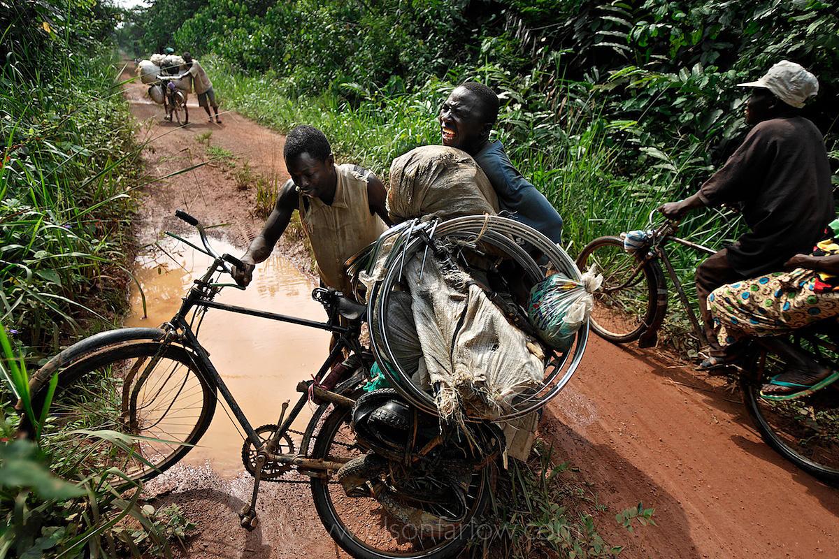 Human Flood From Albertine Rift Seeking Gold | Ituri, Congo