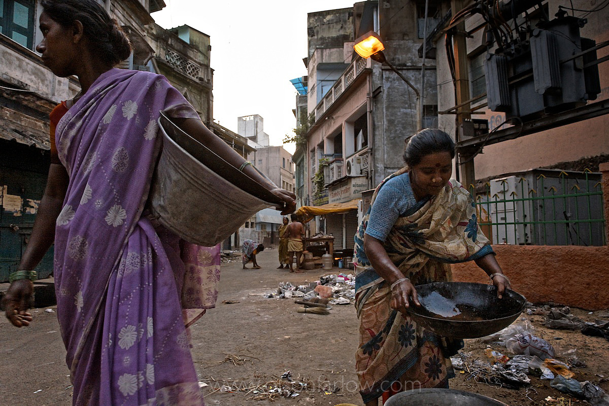 Indians Pan for Gold in Streets Full of Garbage | Chennai, India