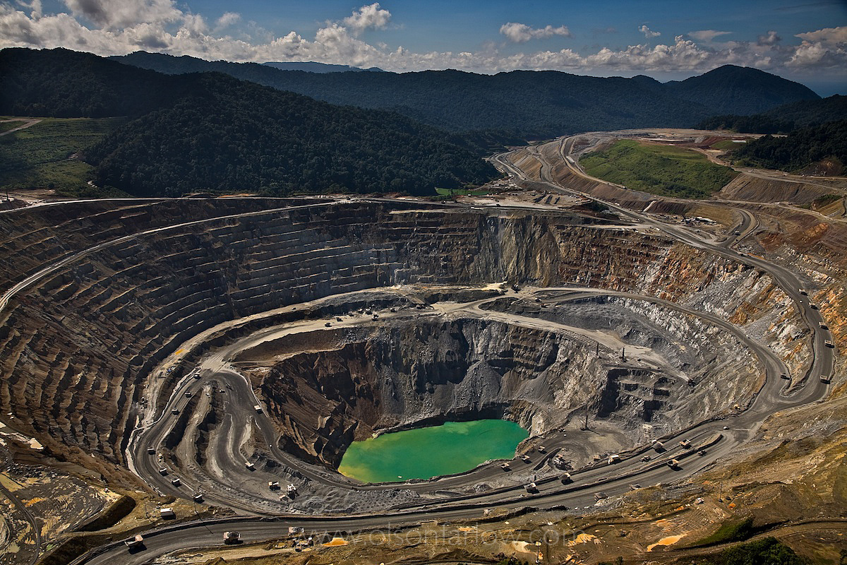 Mile-Wide Batu Hijau Gold Mine Creates Problems | Indonesia