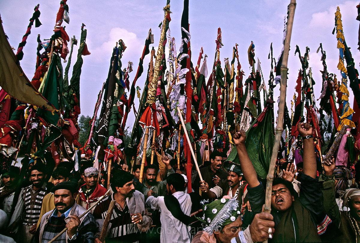 Mendicants Travel With Fertility Prayers | Indus Valley, Pakistan