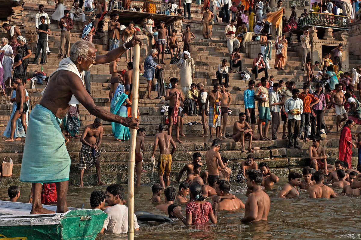 Crowds at Pilgrimage City | Varanasi, India