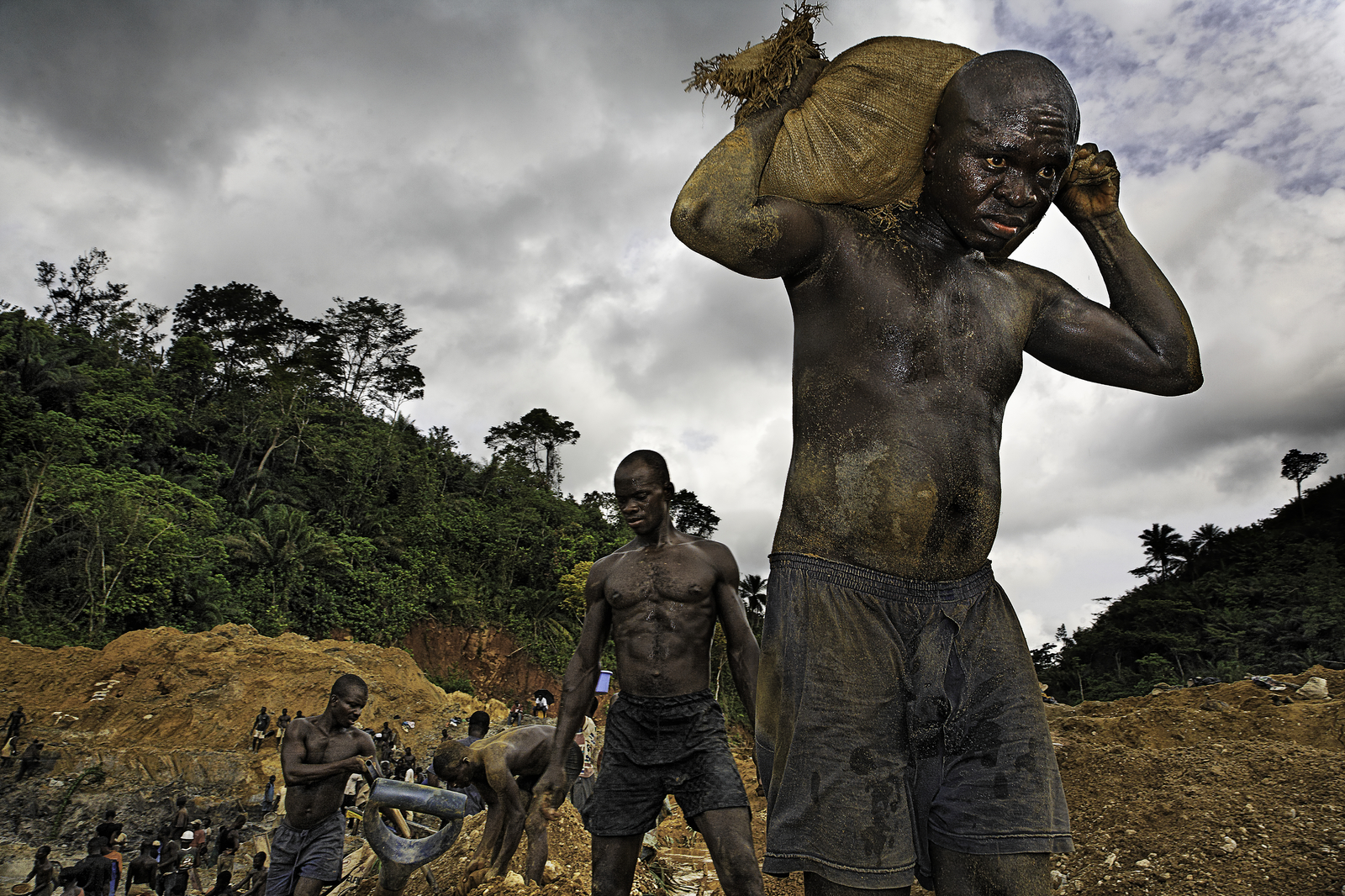 The Human Cost of Gold | National Geographic Magazine