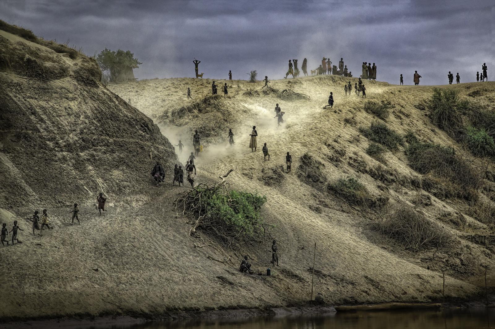 Villagers on Kuchuru Riverbank