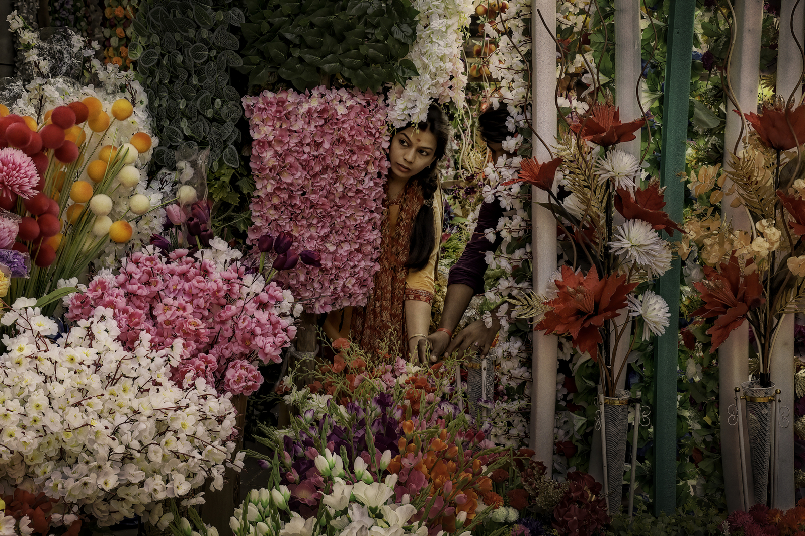 India's Plastic Transformed into Chinese Flowers