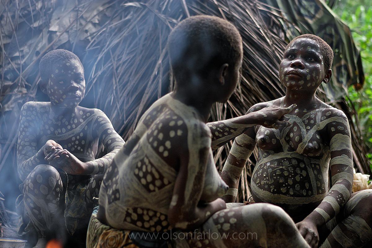 Pygmy Girls Use White Clay Body Paint | Epulu, Democratic Republic of Congo
