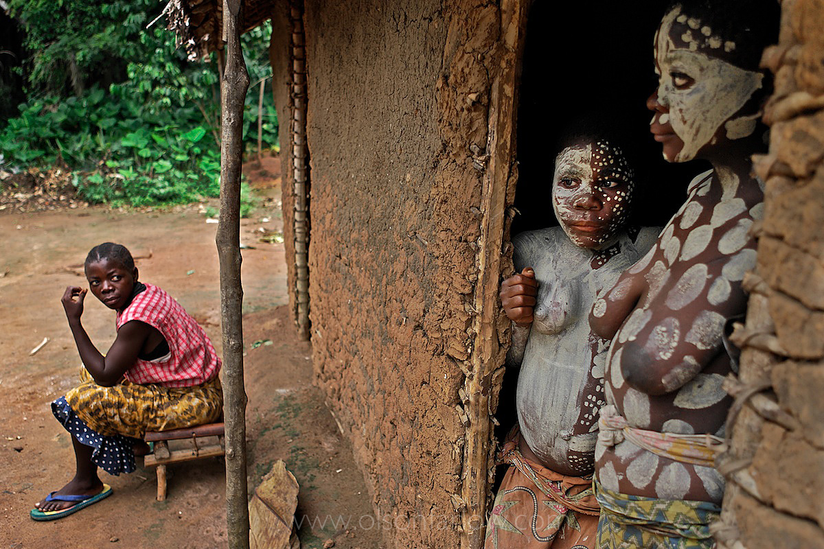 Girl Pygmies Hide From Whipping in Salate Village | Ituri Forest