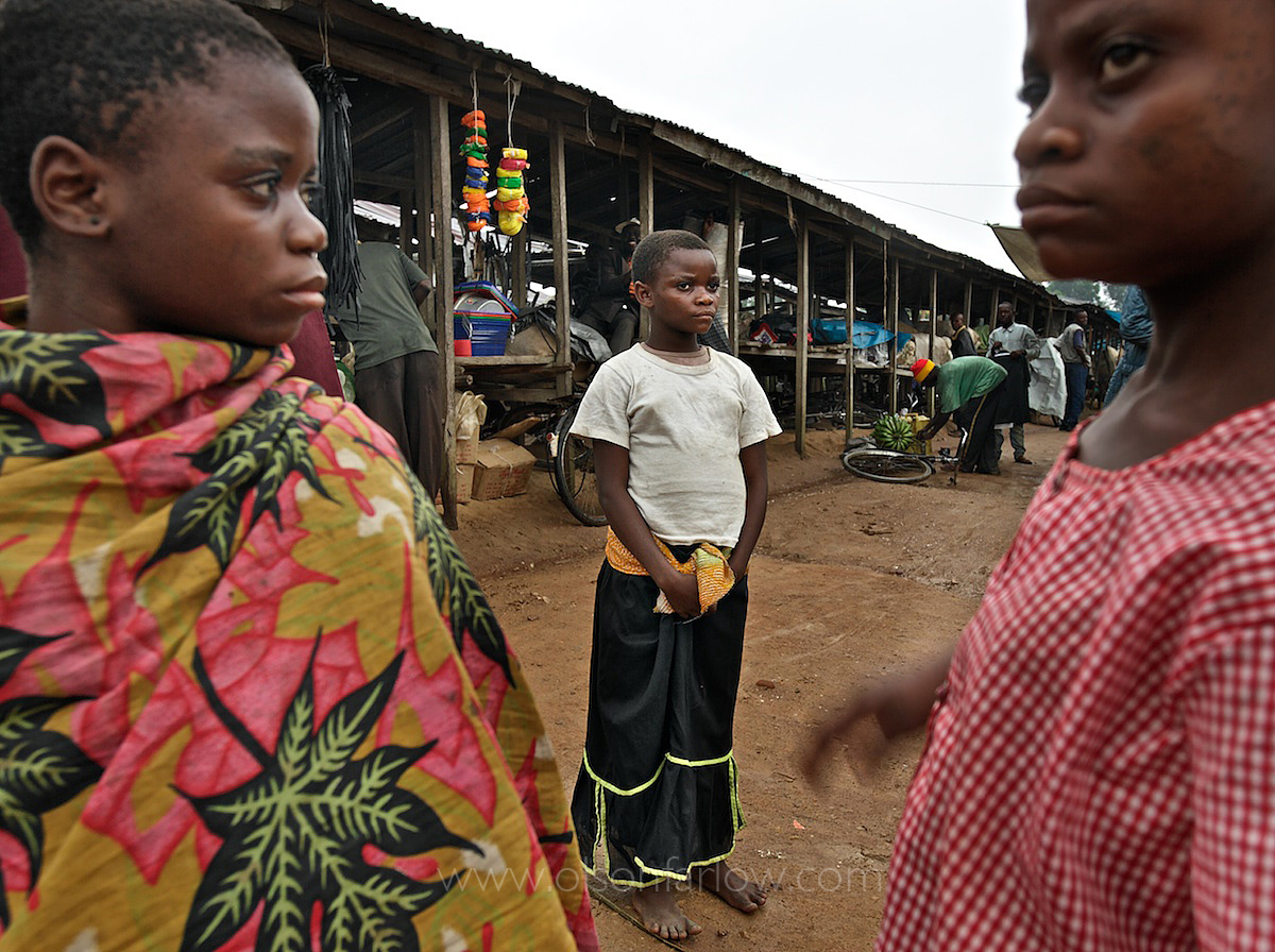 Pygmy Girls in Salate Market Feel Uncomfortable Outside the Forest